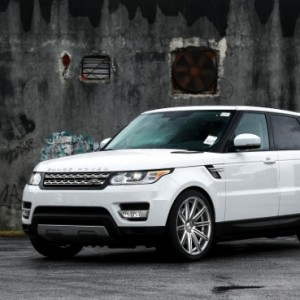 Land Rover - Range Rover Service and repair Chester an Wrexham